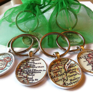St. Patrick's Day Keychain, Irish Jewelry, Ireland Map keychains for St. Patrick's Day, Personalized key chain