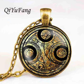 18 style doctor dr who time police telephone booth circle Necklace 1pcs/lot tardis Pendant Steampunk vintage alice in wonderland