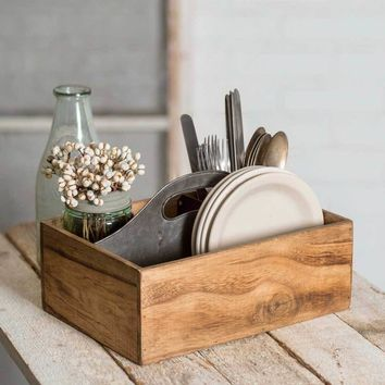 Wood and Metal Picnic Caddy