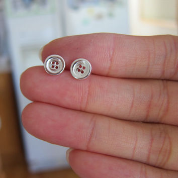 Sterling Silver Button Stud Earrings, tiny Stud Earrings, Everyday Jewelry