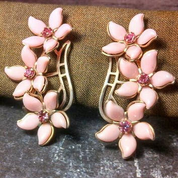 "Pink and Hot pink rhinestone flower clip on earrings. Silver tone and in very very good condition. Large 2"" tall!"