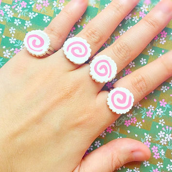 Narutomaki rings Naruto rings Naruto jewelry Japan style rings Harajuku style jewelry Tokyo fashion rings Japanese food rings Kawaii rings