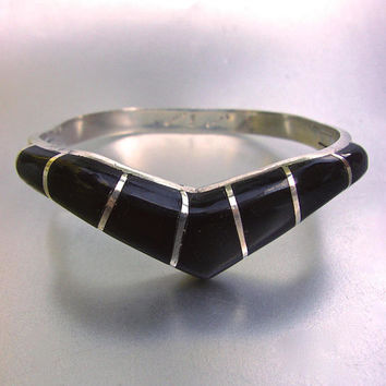 Onyx Inlay Sterling Silver Hinged Bracelet Chevron Style Taxco Mexico Vintage