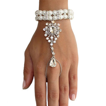1920's Great Gatsby Inspired Pearl Crystal Hand Chain Bridal Bracelet Handpiece