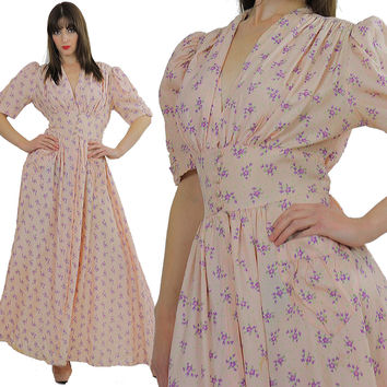 Vintage 40s robe pink dressing gown trousseau robe Hollywood mini floral Boho Scarlett full  Honeymoon bridal dress wedding S M