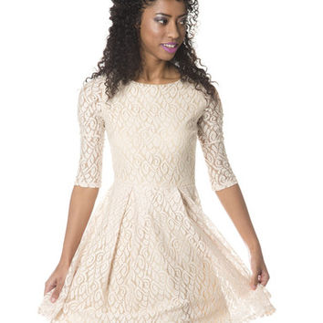 Delphine Dress in Light Pink - Hello Holiday