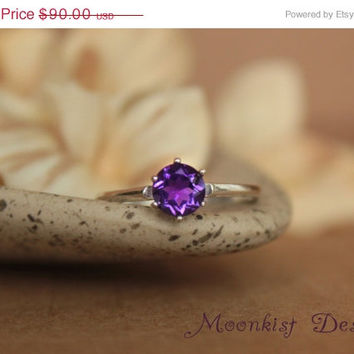 ON SALE Vintage-style Purple Amethyst Tiffany Solitaire in Sterling Silver - Engagement Ring, Promise Ring, Gemstone Ring
