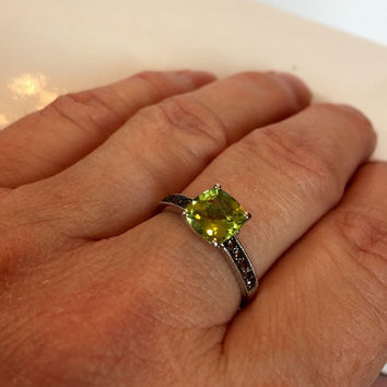 Vintage Peridot Ring / 10K White Gold Band Smoky Quartz  / Green Peridot Gemstone Ring / August Birthstone / Antique Estate Jewelry