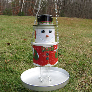 Handmade bird feeder - Garden outdoor backyard patio decor - Rustic OOAK bird watcher gift - Christmas gift - Snowman tin bird feeder