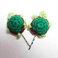 Turtle bobby pins, Crochet animal hair pin, Turtle womens hair accessory, Animal accessories