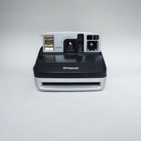 Polaroid One600 Ultra Instant Film Camera Takes Impossible Project Film!