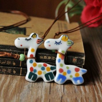 New Arrival Cute Lovely Pure Hand-painted Cartoon Small Giraffe Ceramic Necklace Jewelry