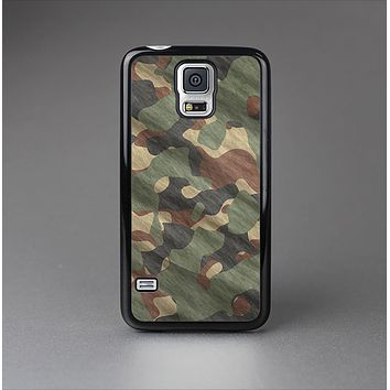 The Traditional Camouflage Fabric Pattern Skin-Sert Case for the Samsung Galaxy S5