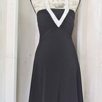 Little Black dress / size 6 / 7 / 80s party dress / beaded halter cocktail dress / Betsy and Adam USA