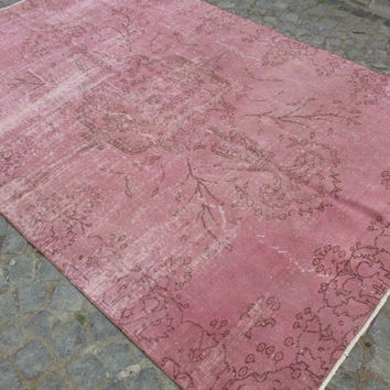 Pink overdyed area rug with Medallion, 8 x 5'