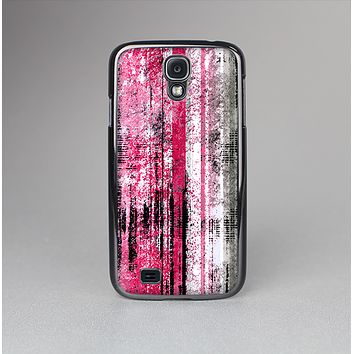 The Vintage Worn Pink Paint Skin-Sert Case for the Samsung Galaxy S4