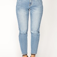 I want You Back Boyfriend Jeans - Medium Blue Wash