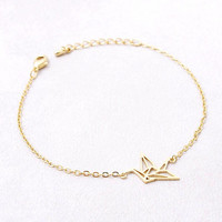 Origami Crane bracelet in gold or silver, simple, everyday, chic, simple bracelet