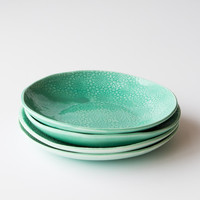 Glazed Porcelain Salad Plate - Handcrafted in Quebec - Chic & Basta