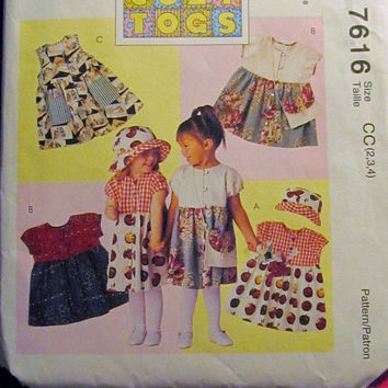 SALE Uncut McCall's Sewing Pattern, 7616! 2-3-4 Toddler/Girls Sleeveless & Short Sleeve Summer/Spring Dresses/Pullover Dress/Hats/Purses