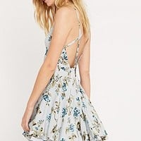 Kimchi Blue Scarlett Dress in Blue - Urban Outfitters