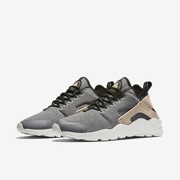 The Nike Air Huarache Ultra SE Women's Shoe.