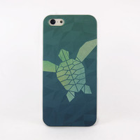 Sea turtle iPhone case, iPhone 5 case, iPhone 4 case, Samsung Galaxy Note 3 - Geometric turtle swimming in the deep blue sea