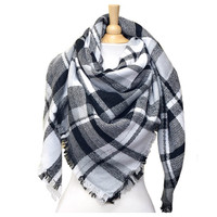 """Always My Style"" Cozy Black & White Plaid Blanket Scarf"