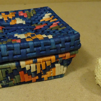 Handmade Colorful Woven Square Basket 8 1/2in x 8 1/2in x 4in Dried Grass  -- Used