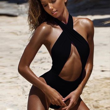 Swimwear women 2018 One Piece Swimsuit Front Cutouts Bathing Suits for Women swimwear High Neck Halter Body Suits