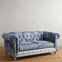 Rug-Printed Lyre Chesterfield Sofa