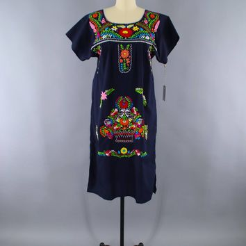 Vintage 1970s Mexican Dress / Navy Blue Floral Oaxacan Embroidery