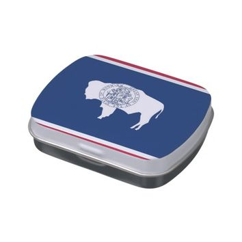 Patriotic candy tins with Flag of Wyoming