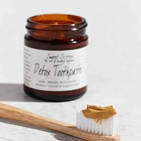Sweet Sisters Bodycare Detox Toothpaste - Urban Outfitters