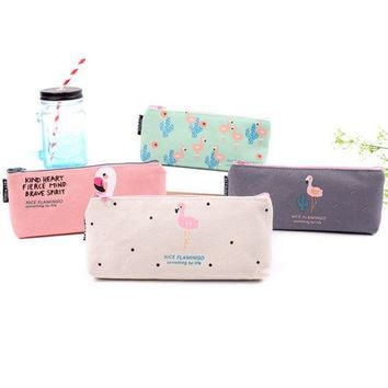 2017 hot teenager flamingo cosmetic bags Zip canvas Fabric Pencil Case Ideal For School College Uni Make Up
