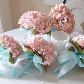 Southern pink paper hydrangea bridemaids bouquet with aqua ribbon details