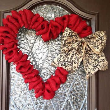 Valentines Day Wreath,  Large Valentines Wreath, Burlap Heart Wreath, Spring Wreath, Valentines Day Decoration, Wedding Wreath