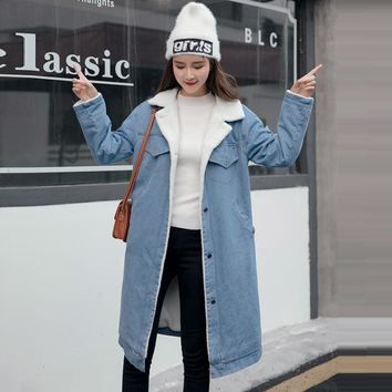 Trendy Winter Warm Fur Jeans Jacket Women Bomber Jacket Blue Denim Jacket Coat with Full Warm Lining & Front Button Flat Pockets AT_94_13