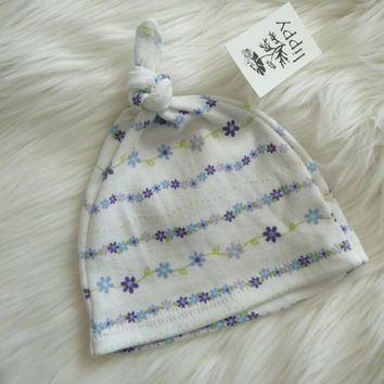 Baby girl hat Newborn 02 months/XS  Ready to Ship  by lippybrand