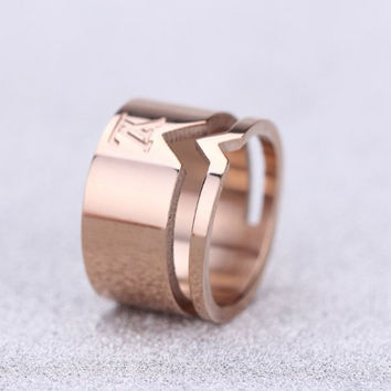 new arrive fashion rose/gold/silver thread v ring, steel jewelry high quality for selling monica ring