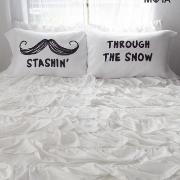 Aeropostale  Stashin' Pillow Case Set