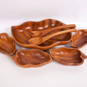 Vintage Wood Salad Bowl With Serving Bowls Salad Tossers Monkey Pod Wood 7 Piece Set Hand Carved Made in Philippines Leaf Shape