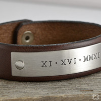 Personalized Leather Bracelet - Mens Bracelets, New Father Gift, Roman Numeral Bracelet, Groom Groomsmen Gift