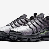 Air VaporMax Plus Neon