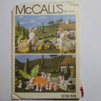 McCall's Craft Sewing Pattern 7421 Easter Craft Package Easter Home Decor