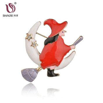 DANZE Cute Yellow Pumpkin Flight Witch Moon Broom Alloy Dripping Oil Brooches &Pins Funny Magical Halloween Broche Scarf Clips