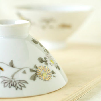 Vintage Japanese Porcelain Chrysanthemum Rice Bowls, YY Made in Japan, Yonemoto Store