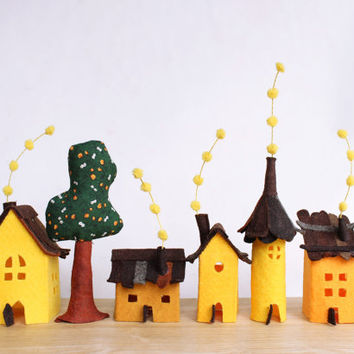 Small village in yellows, Miniature.