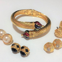 Joan Rivers Hinged Bangle Bracelet, 5 Interchangeable Ends, Multi Color Enamel, Crystal Rhinestone, Faux Pearl, Gold Plated 618m