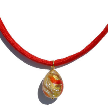 Murano's Droplet, Painting of Red Against Gold, Neck
